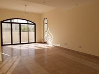 4 Bedroom Villa in Al Salam-photo @index