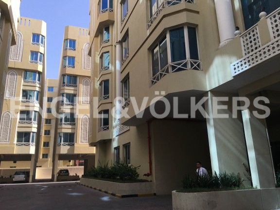 Luxury flat 1BR furnished Apartments in bin Mahmoud area very nice with full facilities