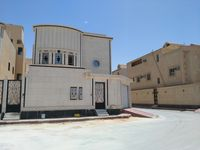 8 Bedroom Villa in Al Hazm-photo @index