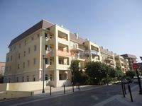 2 Bedrooms Apartment in Marlowe House (All)