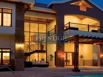 5 Bedrooms Villa in The Mansions