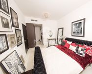 1 Bedroom Apartment in City of Lights-photo @index