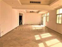 10 Bedroom Villa in Umm Suqeim 2 Villas-photo @index
