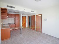 3 Bedroom Apartment in Sheikh Zayed Road-photo @index