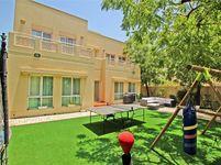 5 Bedroom Villa in Meadows 7-photo @index