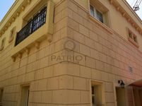 5 Bedroom Villa in Al Barsha 1-photo @index