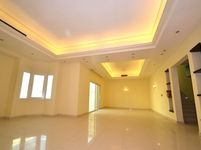 5 Bedroom Villa in Al Duhail South-photo @index