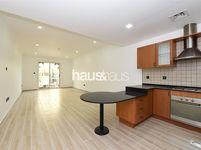 Studio Apartment in Spring Oasis-photo @index