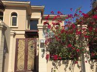 4 Bedrooms Villa in Gardenia