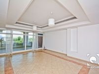 3 Bedroom Apartment in Terrace Apartments B-photo @index