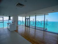 4 Bedroom Apartment in Apartment Building 3-photo @index