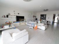 3 Bedroom Apartment in Reef 3-photo @index