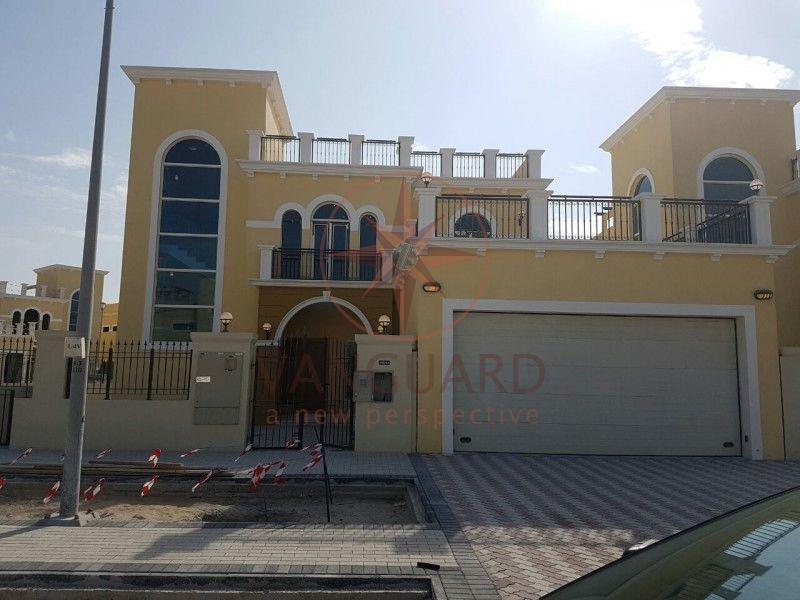 Cheapeaset corner unit 4 bedroom villa in legacy nova, Jumeirah Park