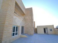 Commercial Villa Commercial in Al Khor-photo @index