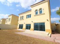 4 Bedroom Villa in Legacy