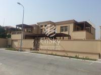 4 Bedroom Villa in Khuzama-photo @index