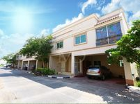 4 Bedroom Villa in Seashore-photo @index
