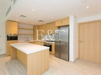 3 Bedroom Apartment in Belgravia 1-photo @index