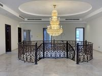 7 Bedroom Villa in Pearl Jumeirah-photo @index