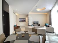 3 Bedroom Apartment in Marina District-photo @index