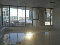 Office Commercial in Platinum-photo @index