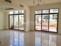 3 Bedroom Villa in Polo Townhouse-photo @index