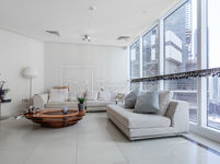 3 Bedroom Apartment in 23 Marina