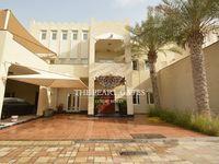 5 Bedroom Villa in North Gate-photo @index