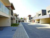 4 Bedroom Villa in Al Maqtaa-photo @index