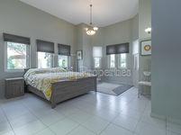 5 Bedroom Villa in Ponderosa-photo @index