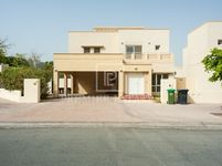 4 Bedroom Villa in Meadows 2-photo @index