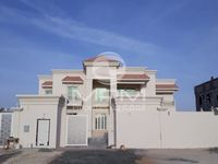 6 Bedroom Villa in New Shahama-photo @index