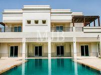 6 Bedroom Villa in Sector E-photo @index