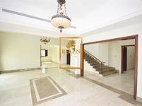 5 Bedroom Villa in Jumeirah Islands-photo @index