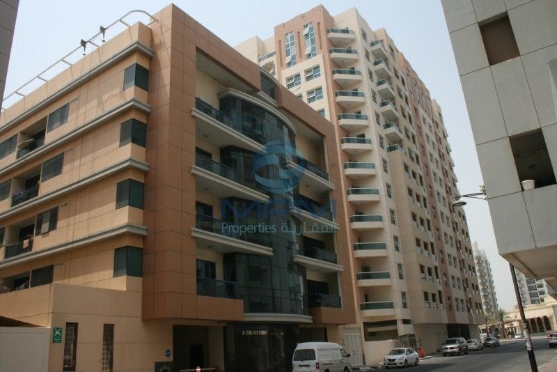 Spacious 2 bedroom apartment for immediate rent behind nmc - Dubai 3 bedroom apartments for rent ...
