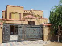 6 Bedroom Villa in Al Rawda 2