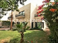 4 Bedroom Villa in Umm Suqeim-photo @index