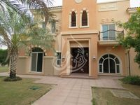 6 Bedrooms Villa in Victory Heights(All)