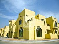 4 Bedroom Villa in Sas Al Nakhl Village-photo @index