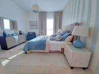 3 Bedroom Apartment in Water's Edge-photo @index