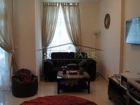 Studio Apartment in Claren 1-photo @index