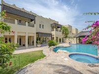 5 Bedroom Villa in Meadows 6-photo @index