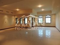 4 Bedroom Villa in Golden Mile 5-photo @index