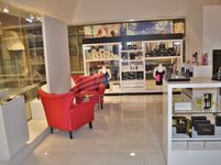 Retail Commercial in Park Towers-photo @index