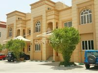 4 Bedrooms Villa in Mohamed Bin Zayed Centre