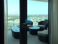 3 Bedrooms Apartment in The View