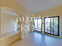 5 Bedroom Villa in Khalidiya Village-photo @index