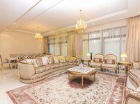 6 Bedroom Villa in Queens Meadow-photo @index