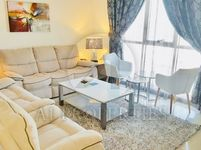 1 Bedroom Apartment in Lakeside Tower D-photo @index