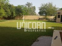 4 Bedroom Villa in Budaya-photo @index